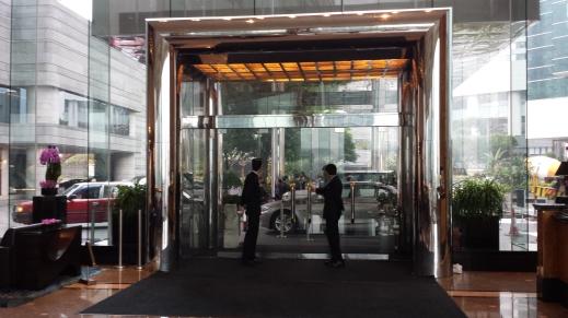 Main entrance to the Hotel Lobby.